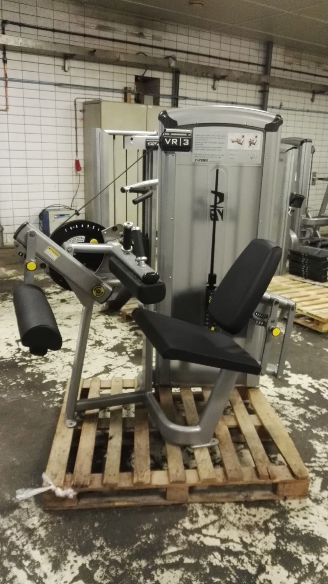 Cybex VR3 seated leg curl